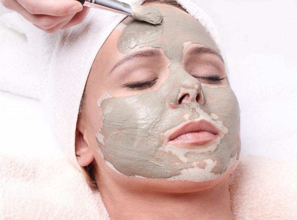 serviciu cosmetica salon Contesse - salon Bucuresti